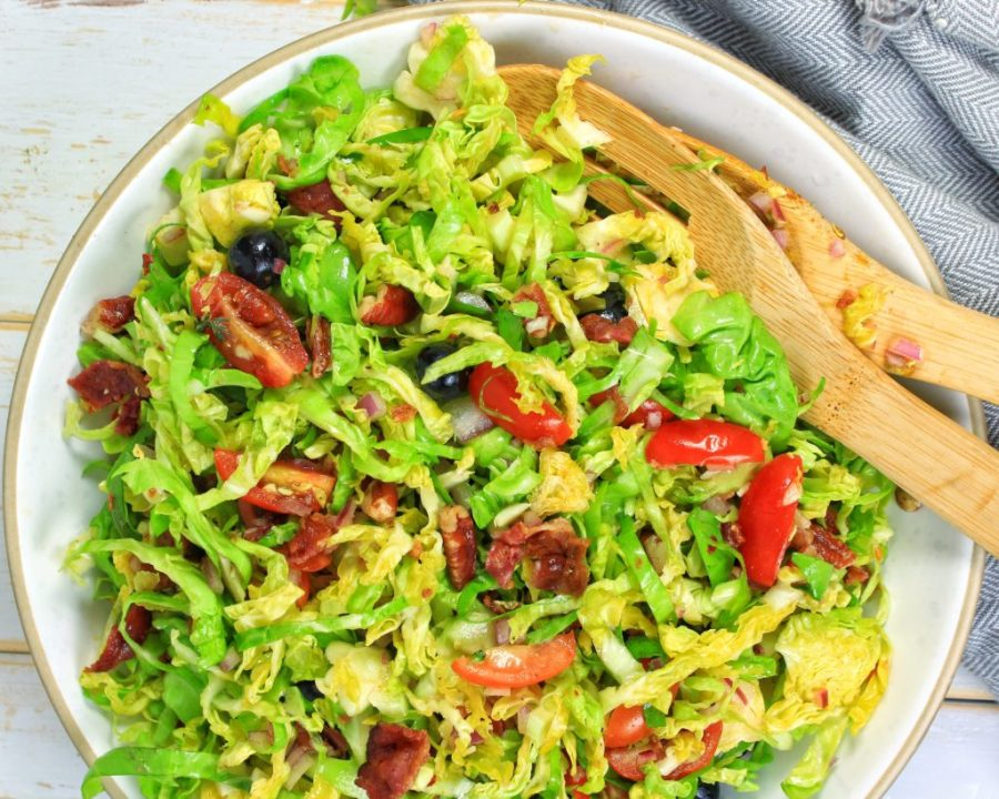 Brussels Sprouts, Bacon, Pecan Salada - My Body My Kitchen