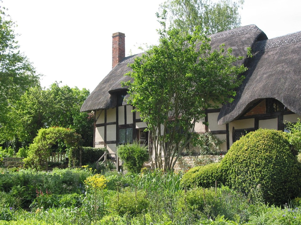 English Heritage Anne Hathaway's Cottage