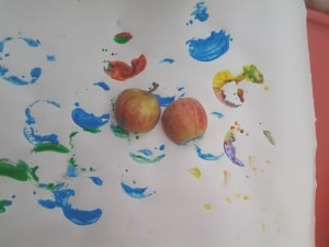 toddler painting ideas apple painting
