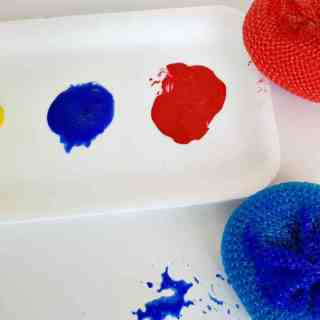 Toddler activity painting with pot scrubbers feature image