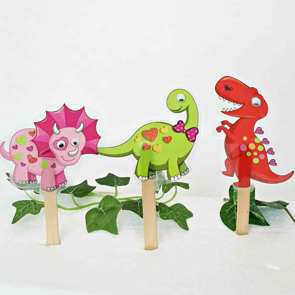 Make your own craft stick dinosaur puppets