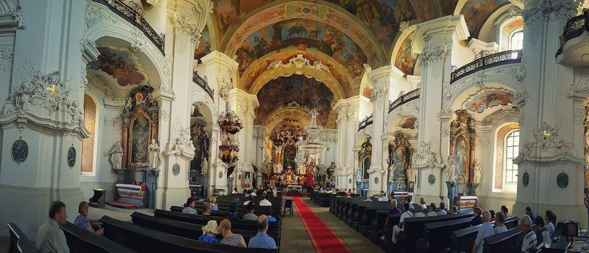Krzeszów wnętrze bazyliki