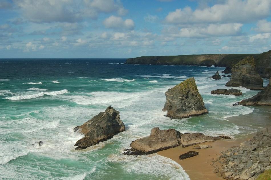 Kynace Cove - 10 najpiękniejszych plaż Anglii