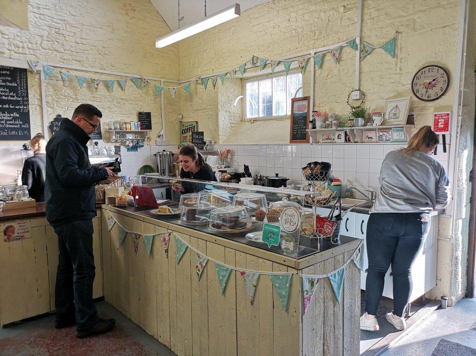 Kawiarenka w Castle Combe