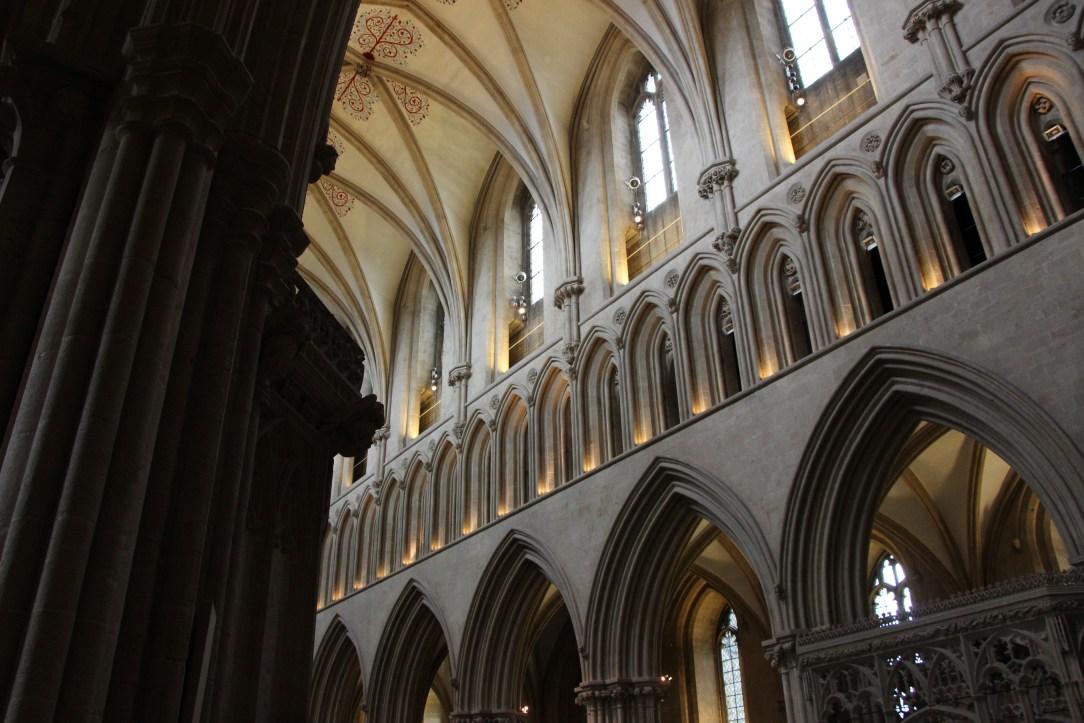 Wnętrze katedry w Wells