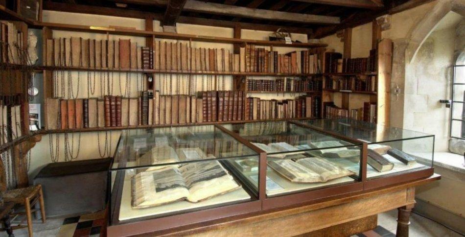 Wimborne Minster biblioteka