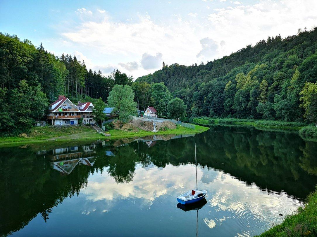 Perełki Dolnego Śląska i jezioro w Zagórzu