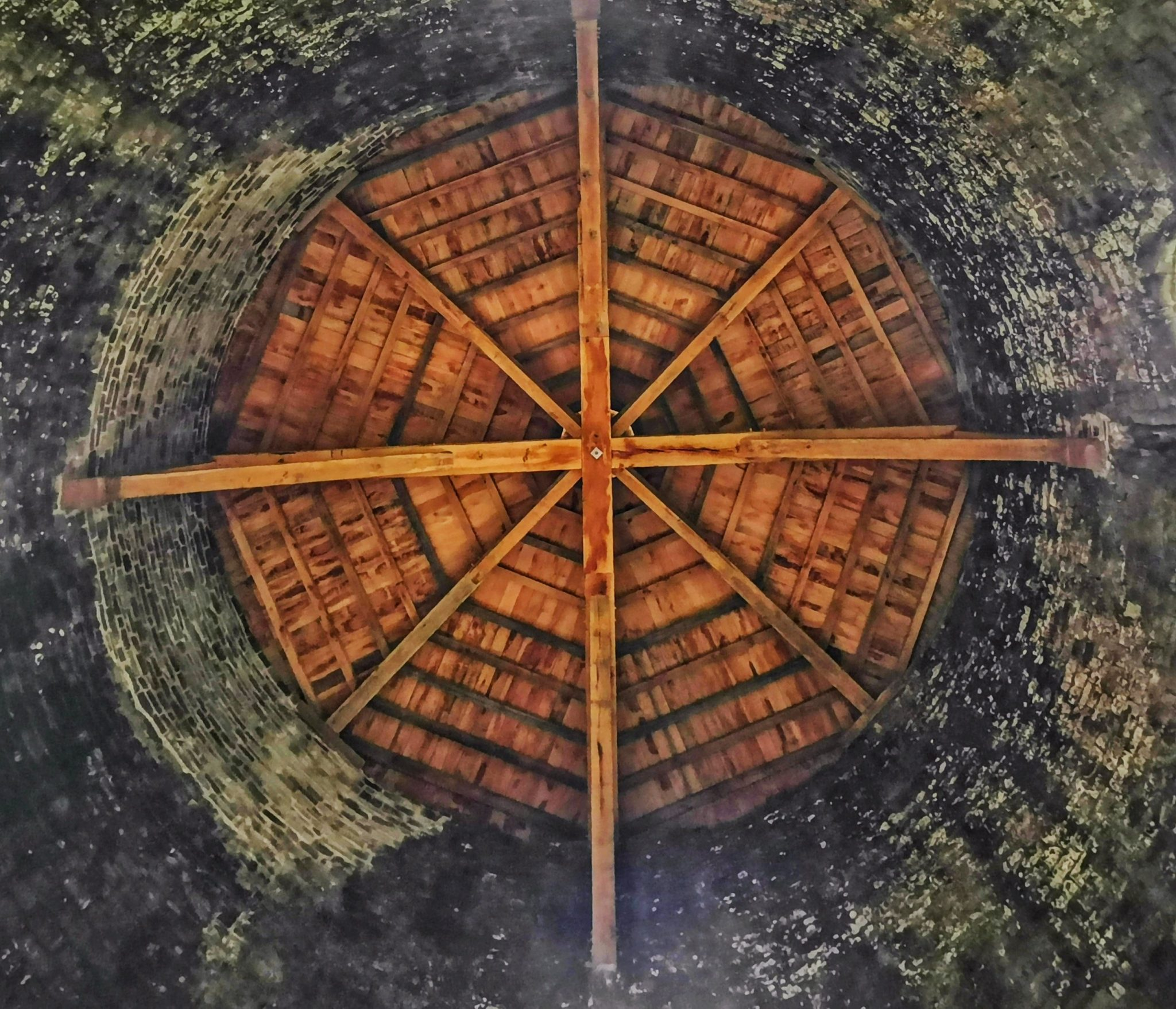 strop rotundy