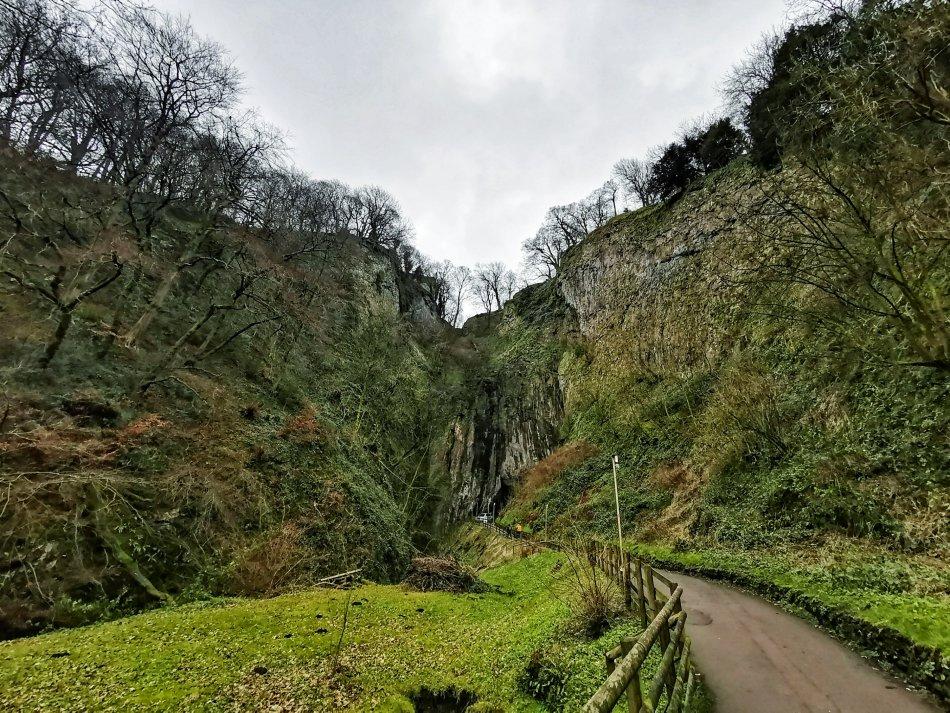 dojście do Peak Cavern