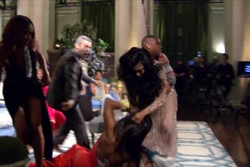 Black girls fighting on Reality TV