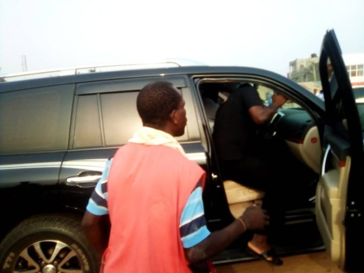 C/R: Two Pupils In Critical Condition After a Convoy Crashed Them While Crossing Road to School 1