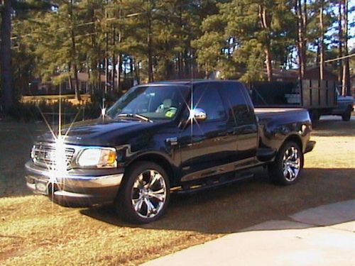 36294smooth_ford_f-150_with_22_s.jpg