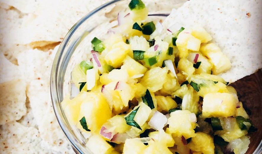 5-Ingredient Fresh Pineapple Mint Salsa