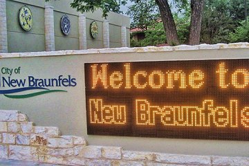 New Braunfels Welcome Sign