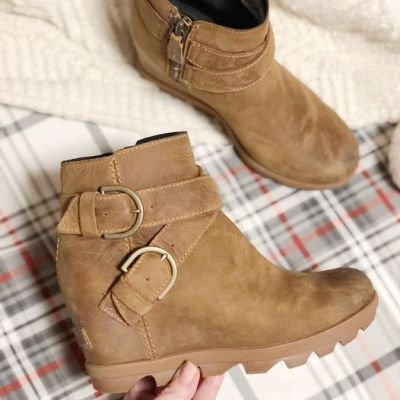 DON'T miss these boots!
