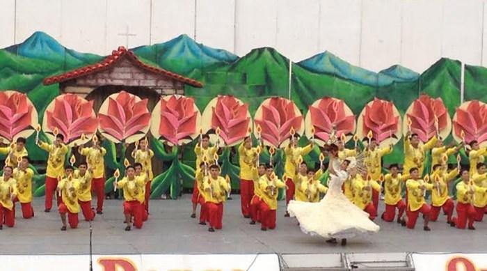 Tuburan National High School dancers portray their town in their Sinulog sa Kabataan-Lalawigan 2014 performance.