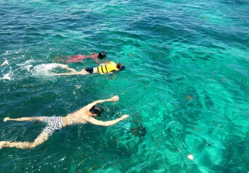 Snorkeling in Hilutungan Channel