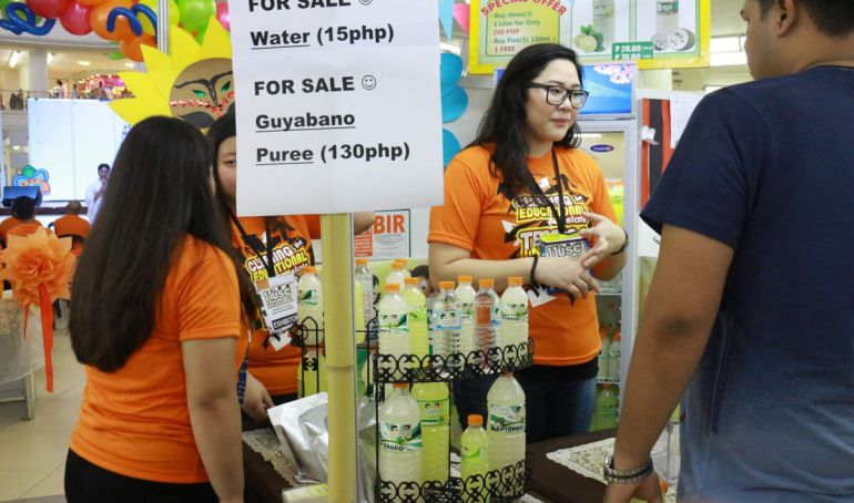 The Quenchers booth during the USC Entrep Fair in Ayala Center Cebu. (Photo by USJ-R MassCom Intern Nel Mozol)