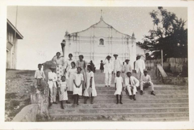 OLD CHURCH. This photo taken in 1910 shows the old Opon Church, which was torn down in 1960 and replaced with what you see now in its location in Lapu-Lapu City. (Photo used with permission from the Cebuano Studies Center)