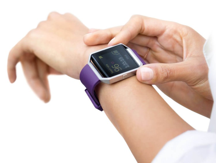 Fitbit Blaze is a highly-rated device among consumers.