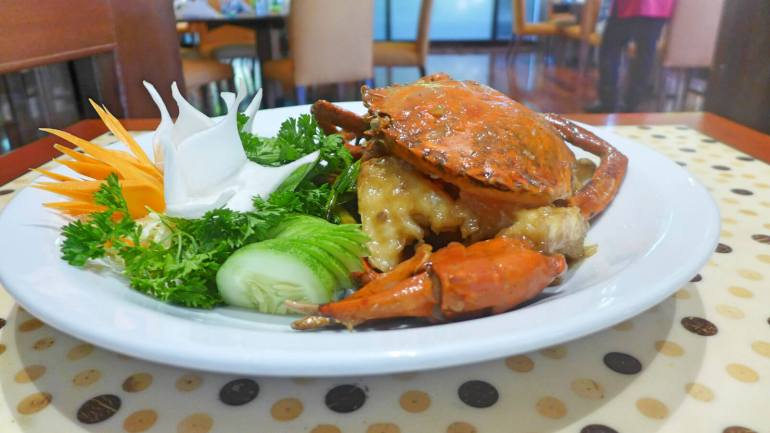 Chef Tang's Chinese Lauriat table wok-fried crab