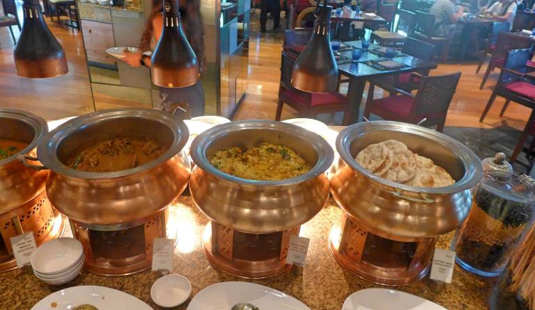 Radisson Blu Cebu Feria buffet Indian dishes