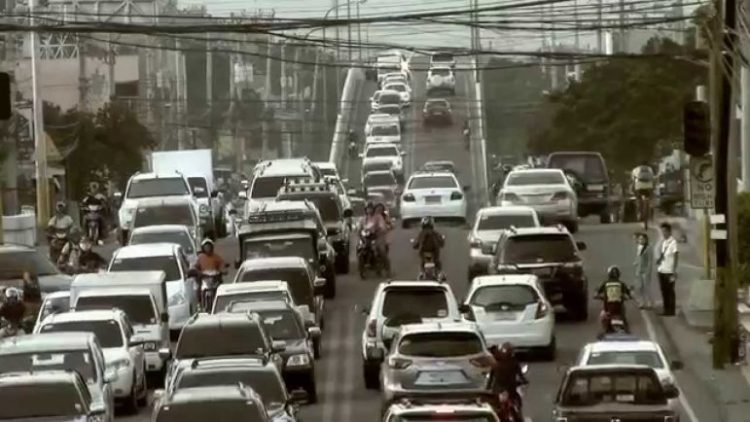 WHAT IN A WORD. Business leaders say reports of Cebu having a traffic crisis may lead to loss of investments.