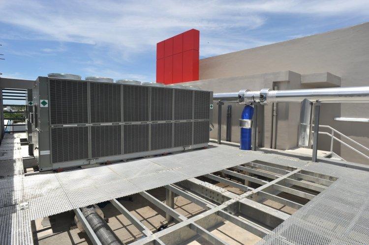 PLDT Vitro Cebu 2 cooling towers