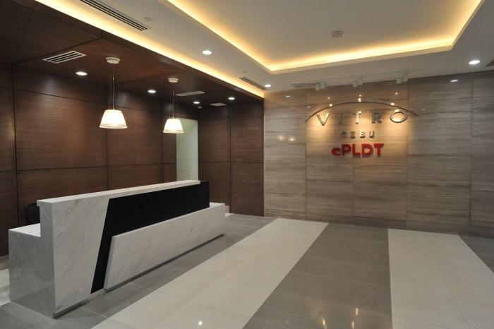 PLDT Vitro Cebu 2 lobby