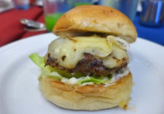 Marco Polo Plaza Cebu burger