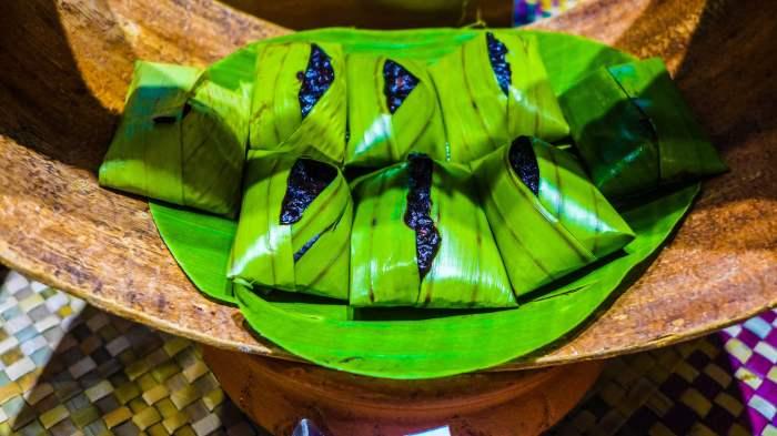 Wadjet makadurian durian rice cake