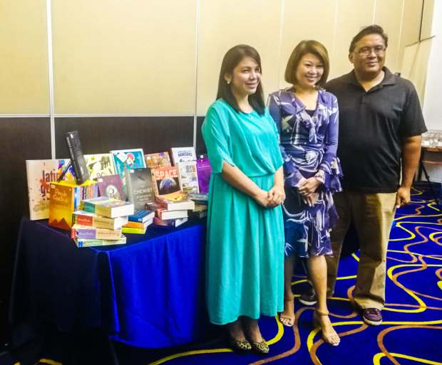 OVER A MILLION BOOKS. Big Bad Wolf Books Philippines Country Manager Narisa dela Peña, founder Jacqueline Ng, and Gawad Kalinga representative Toby Florendo.