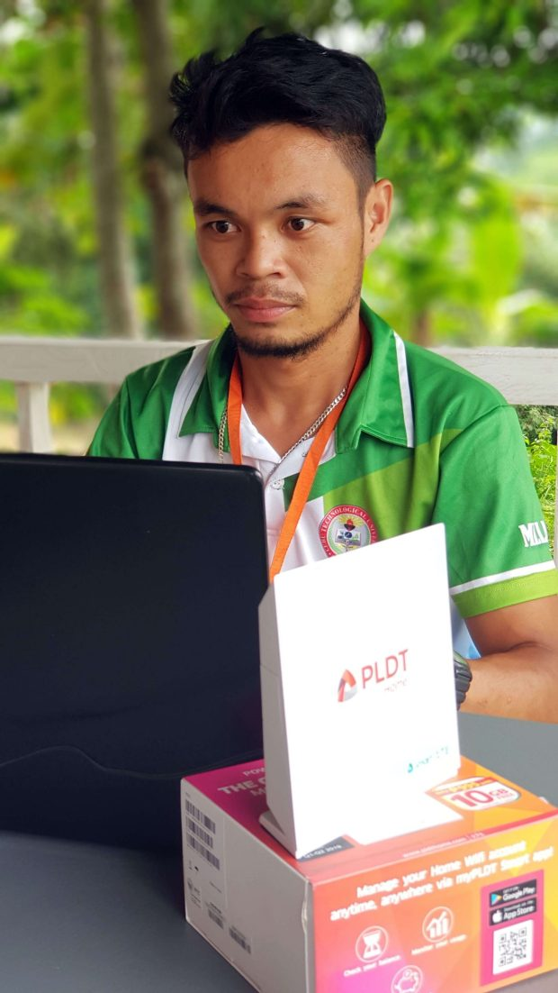 ASSISTANCE. Apart from the training, PLDT-Smart also provided connectivity support via the provision of a PLDT Home Wifi device.