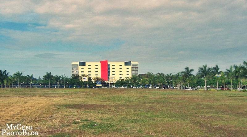 Cebu IT ParkinLahug (February 2007)