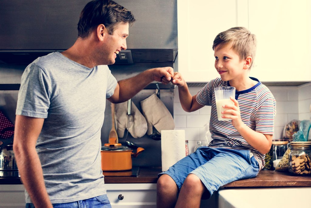 5 Fun Ways to Spend Father's Day with Dad - Checkexpress