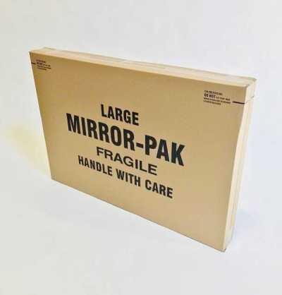 mirror / picture box