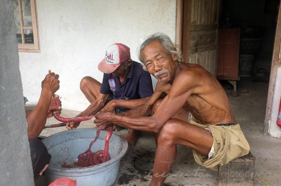 sausage-making-bali