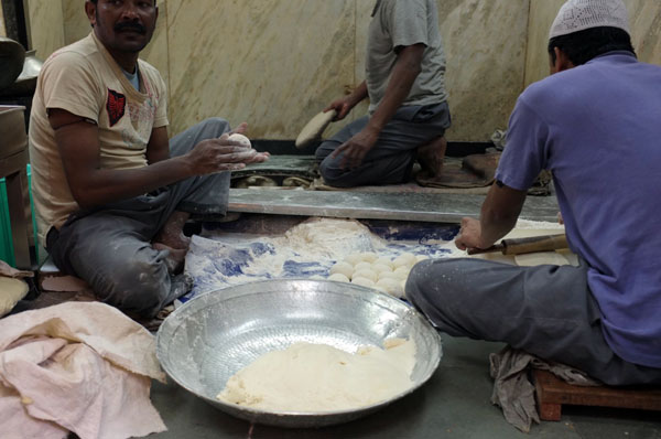 naan-bread-making