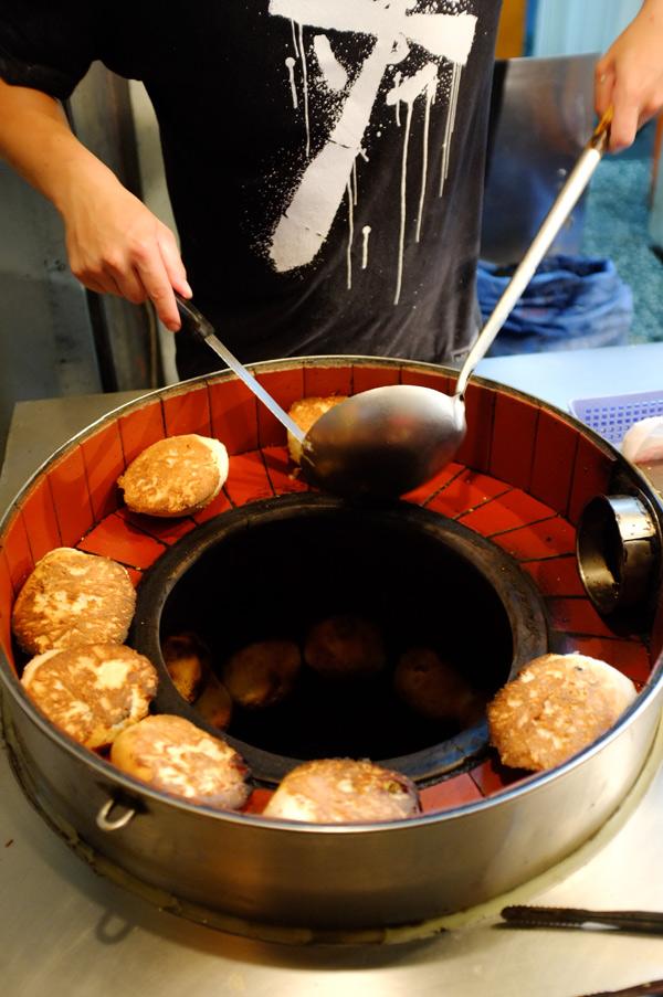 baked-buns-tandoori-oven