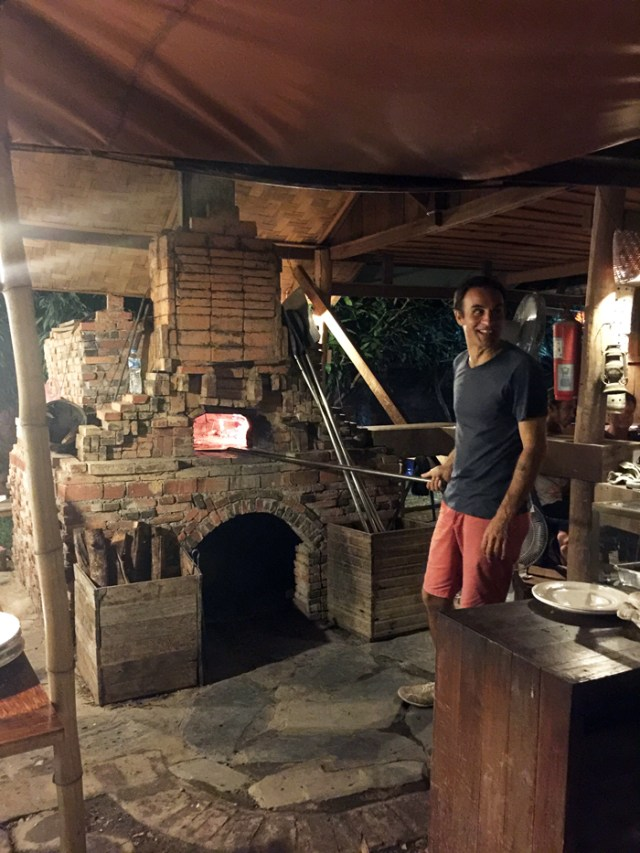 secret-pizza-luang-prabang