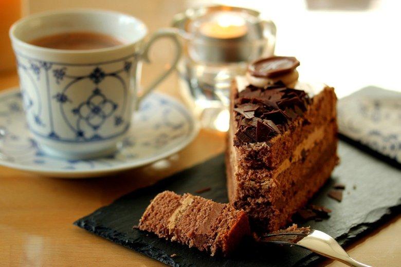 mary berry malted milk chocolate cake
