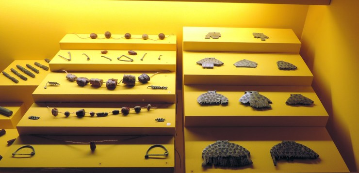 Ornaments and combs in National Archaeological Museum of Fratta