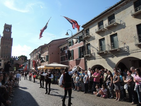 Flag-throwers, Palio di Noale