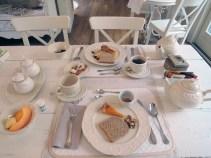 Breakfast at Maison Resola