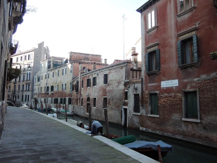 Venice Glossary: a rio
