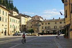 Piazza Garibaldi, Cetona