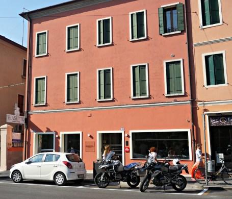 Luigi Biasetto shop exterior