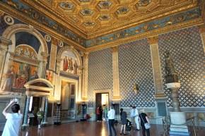 Sala dei Gigli, Florence in 1 day