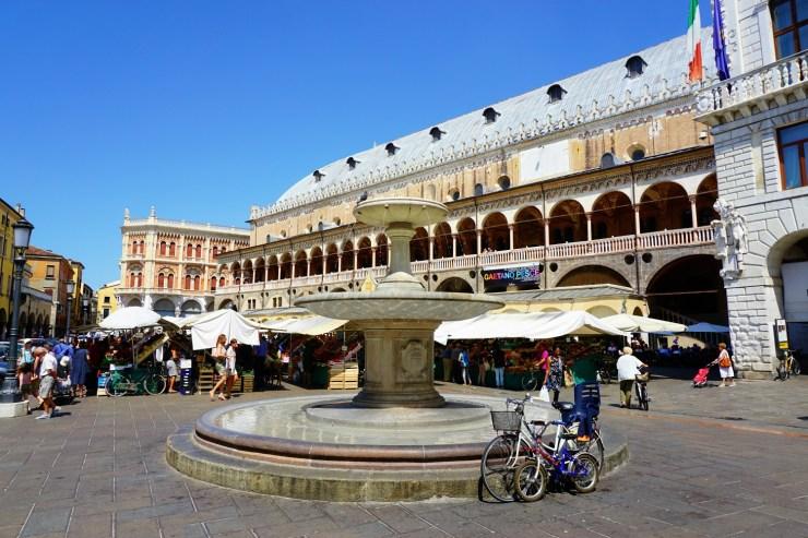 The secrets of Palazzo della Ragione, Piazza delle Erbe