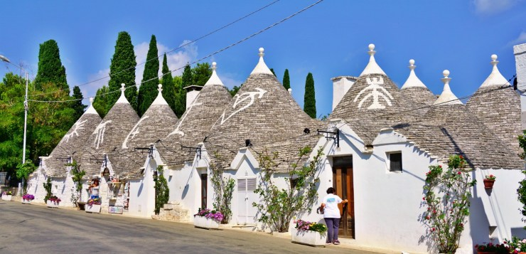 What to see in Alberobello, the realm of the trulli